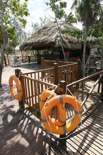 safe flamenco beach, cuba, melia jardines del rey