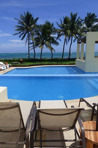 The Phoenix Resort Belize has spacious grounds and a big pool complex, but is in the heart of San Pedro, Ambergris Caye