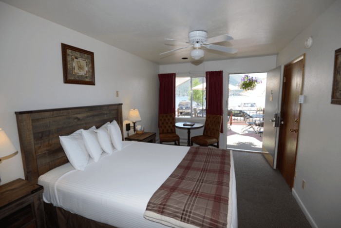 Westin Riviera Grand Lake Motel rooms