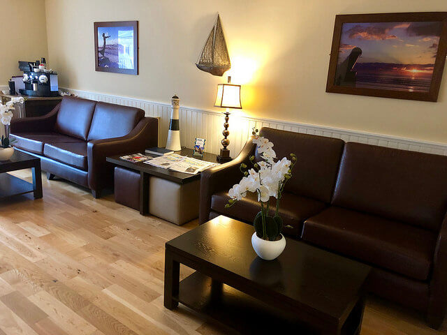 strandhill lodge & suites, residents lounge & conservatory,