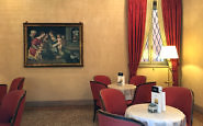 Luxury and Location at the Hotel Corona d'Oro in Bologna