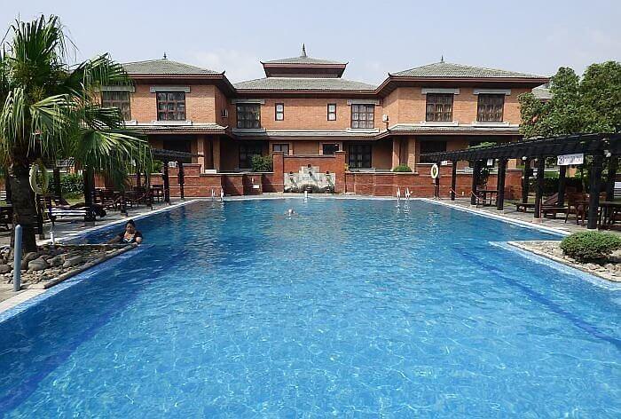 Crowne Plaza Kathmandu Soaltee pool