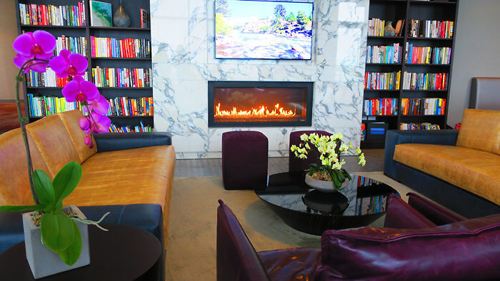 Hotel X Toronto Library Club Lounge