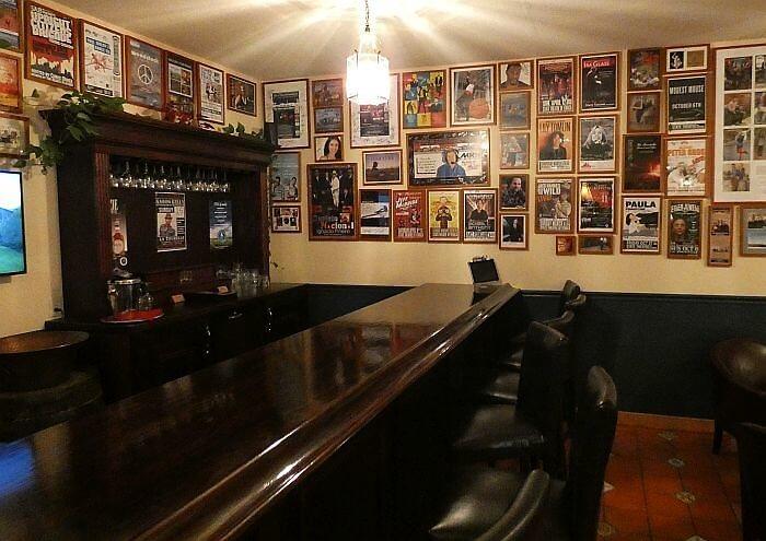 Bar at La Tourelle Hotel near Ithaca