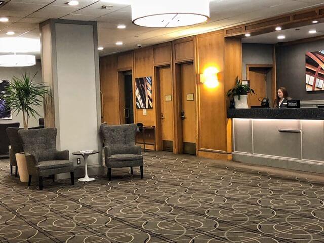 Newark Hilton Penn station lobby