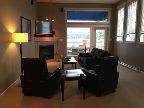 Living room, Sooke Harbour Resort & Marina, Sooke BC Canada