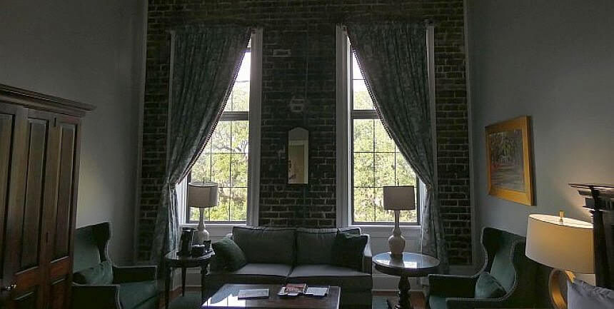 East Bay Inn Savannah Georgia