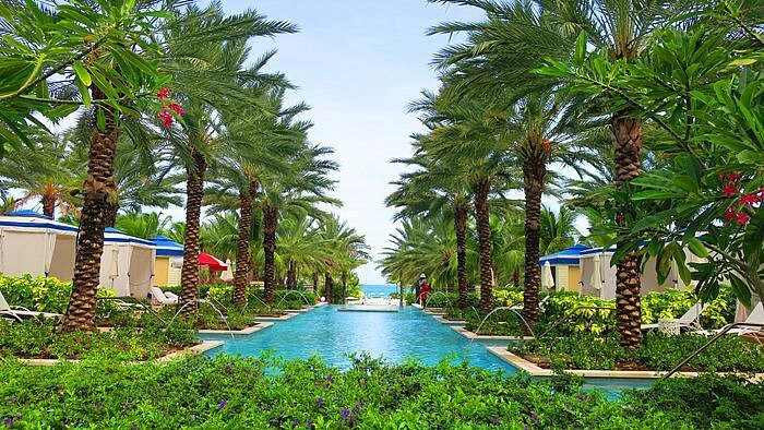 Grand Hyatt Baha Mar pool