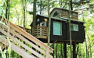 Treehouses of the Mohicans: Ohio's Ode to Outdoor Glam