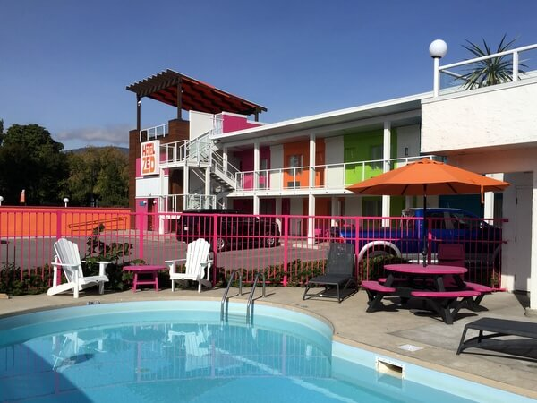 Pool, Guest room2, Hotel Zed, Kelowna BC Canada