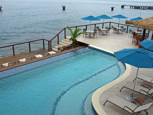 Pool, Fort Young Hotel, Roseau, Dominica (Photo by Susan McKee)