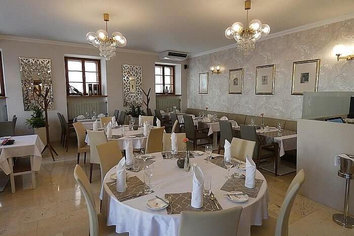 Prince de Ligne hotel restaurant