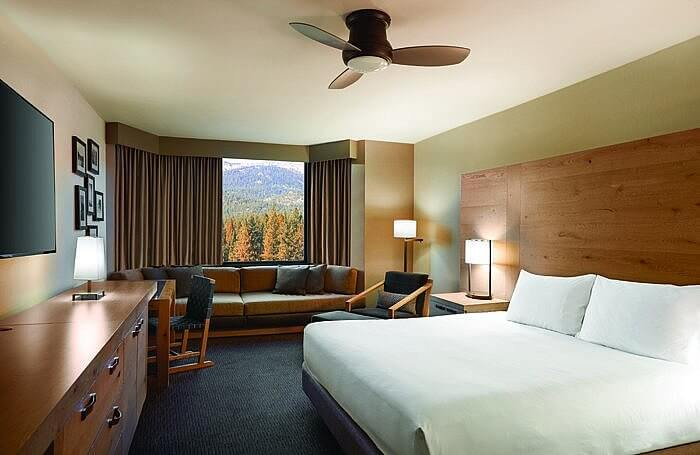 Hyatt-Regency-Lake-Tahoe-deluxe-king