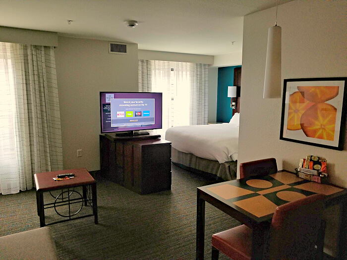 Residence Inn Lincoln South - king suite view