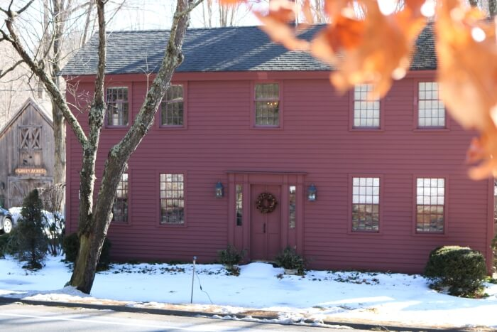 Green Acres B&B: New England Hospitality and Dog-Friendly