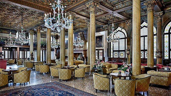 Bar Dandolo Lounge, Hotel Danieli, Venice, Italy (Photo courtesy of Hotel Danieli)
