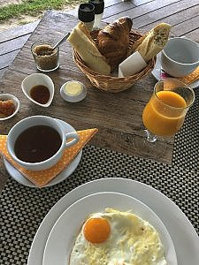 breakfast selections at Moorea Beach Lodge