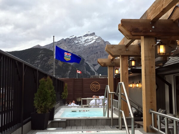 Rooftop hot tubs, Mount Royal Hotel, Banff, Alberta, Canada