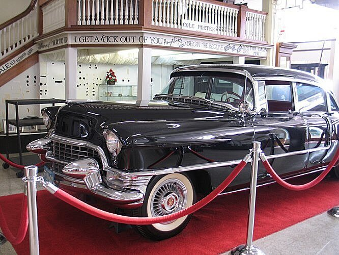 Cole Porter's Cadillac, Miami County Museum, Peru, Indiana