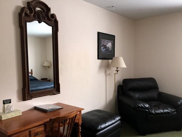 Guestroom2, Tundra Inn, Churchill, Manitoba Canada