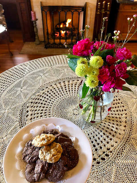 cookies, churchill manor bed and breakfast