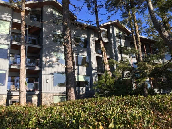 Beach building exterior, Wickaninnish Inn, Tofino BC Canada