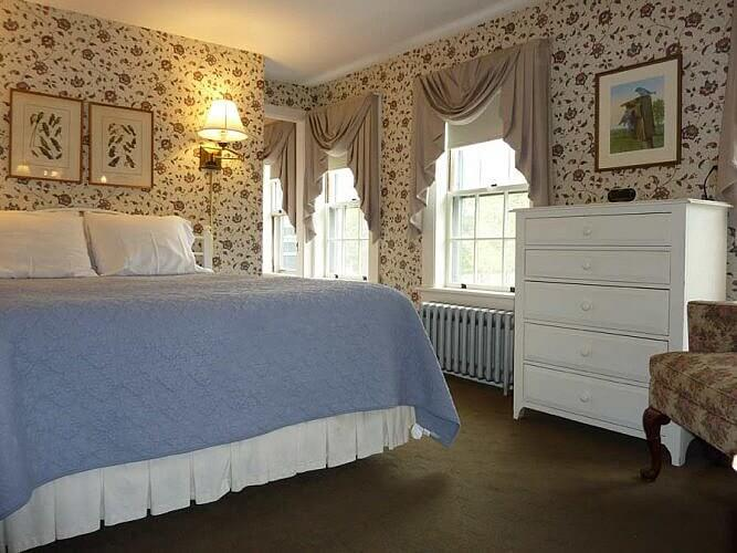 guest room of Franconia Inn in New Hampshire