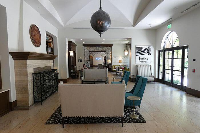 Lounge at Alfond Inn near Orlando