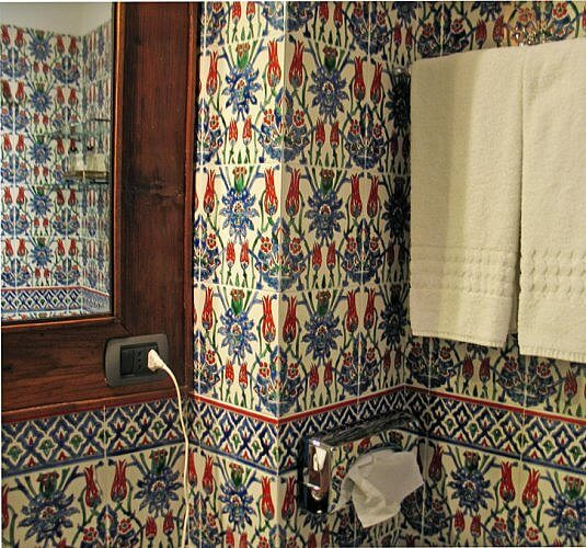 Bathroom, Algila Hotel, Siracusa, Sicily (Photo by Susan McKee)