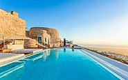 Rent a Whole Villa in Greece for Space and a View
