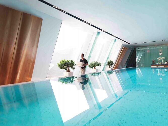 SPA Infinity-Edge Pool