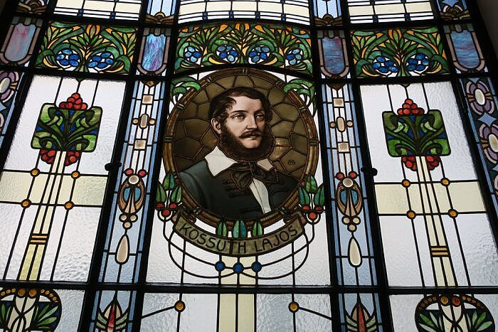 Kossuth Lajos stained glass