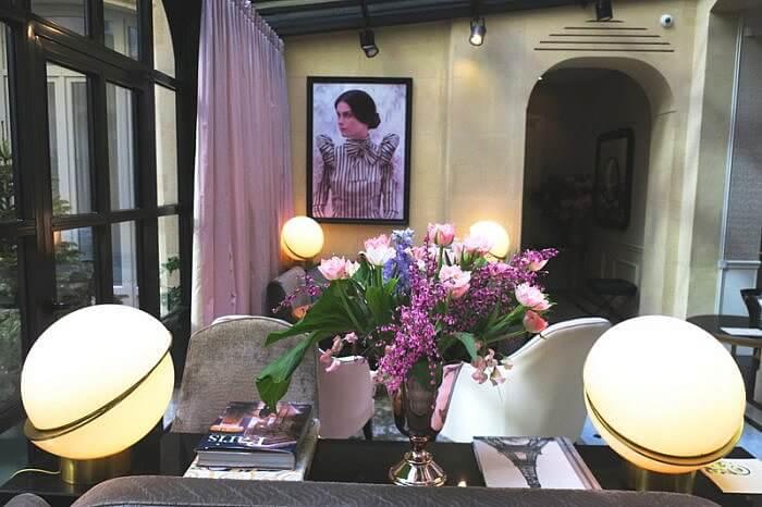 Le Narcisse Blanc Petit Salon