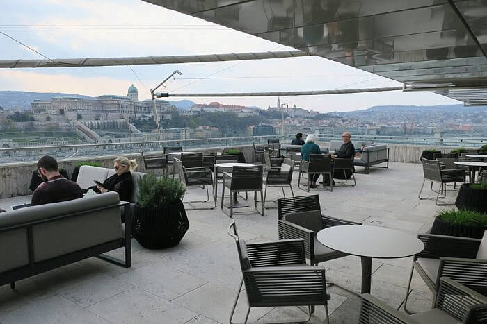 Budapest Marriott M Lounge Terrace