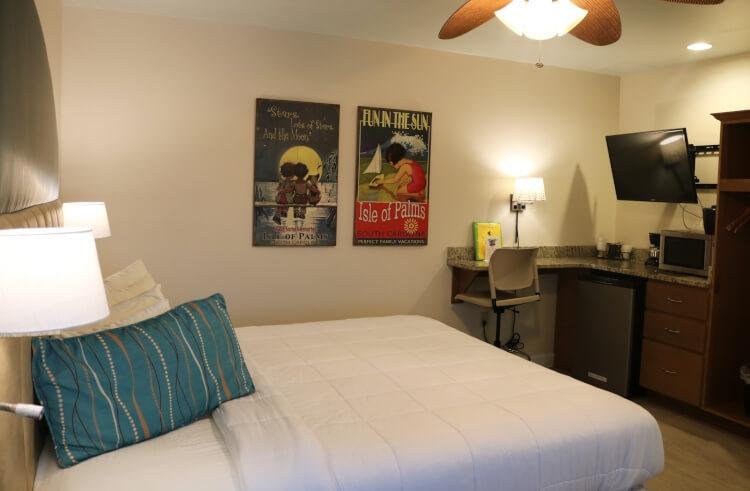 guest room of Seaside Inn, Isle of Palms, SC