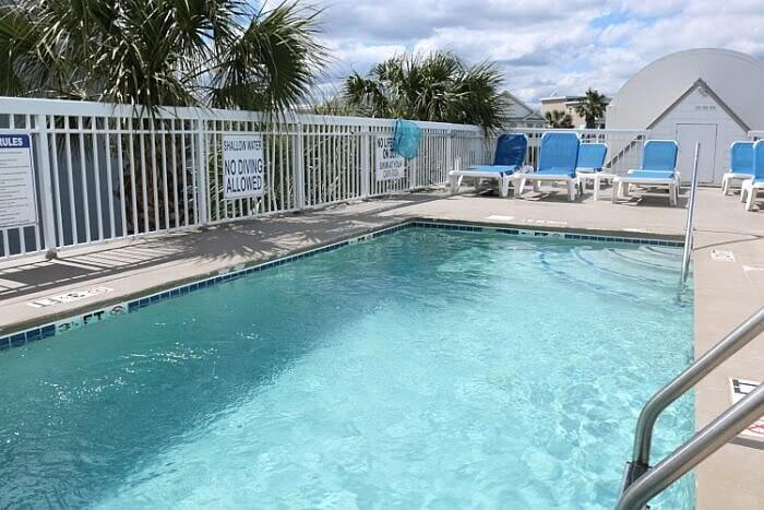 pool at Seaside Inn, Isle of Palms, SC