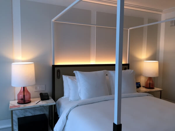 Guest room, Four Seasons Hotel Montreal, Quebec Canada