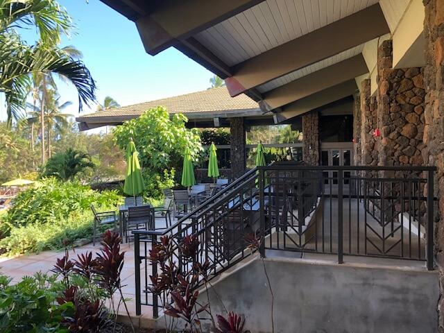 patio at hilton garden inn hawaii