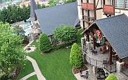 Christmas in July: The Inn at Christmas Place, Pigeon Forge, TN