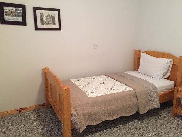Guest Room, Aurora Inn, Dawson City, Yukon Canada