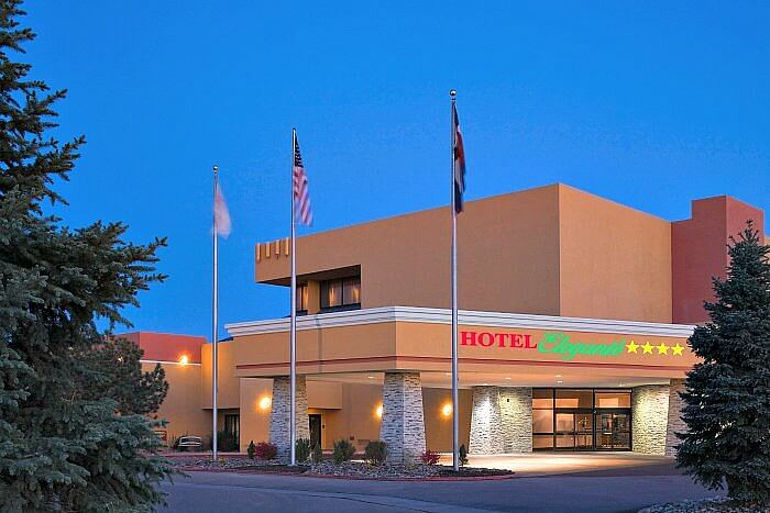 Hotel Eleganté Conference & Event Center, Exterior Porte Cochere at dusk of Crowne Plaza Colorado Springs Hotel