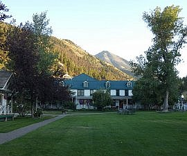 Chico Hot Springs Resort Montana