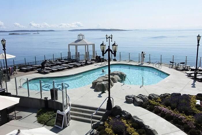 Ocean View Pool Oak Bay Beach Hotel