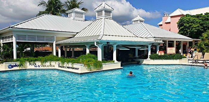 comfort suites paradise island pool bahamas-1