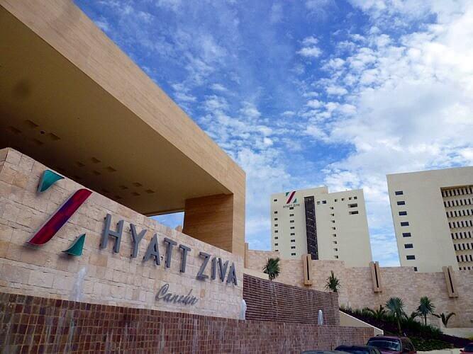 Hyatt Ziva Cancun Entrance