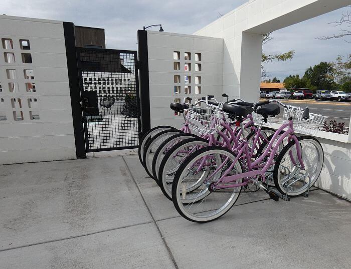 cruiser bikes to borrow at Bozeman's RSVP Motel