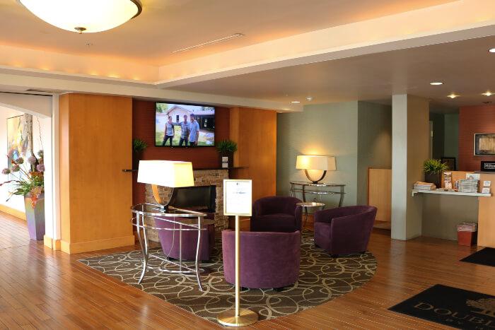 Akron Doubletree hotel lobby
