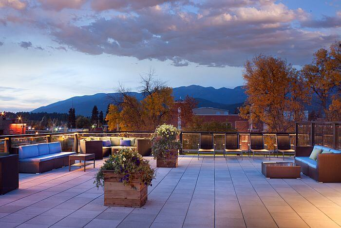 Whitefish hotel roof deck with hot tub