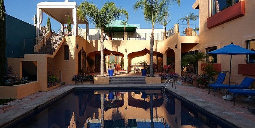 Oasis San Miguel Guest House review