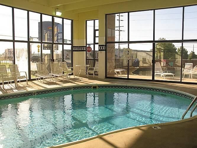 Indoor pool, Baymont Inn & Suites, Springfield South, Missouri (Photo by Susan McKee)